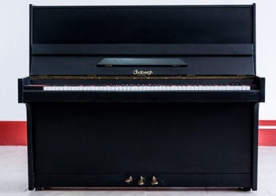 Lindbergh  – Acoustic Upright Piano