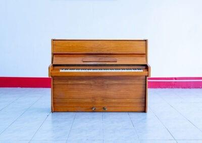 Alexander Herrmann – Acoustic Upright Piano